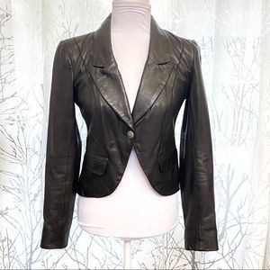 All black button up v-neck leather blazer jacket
